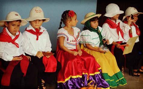 Dia de las Culturas in Costa Rica | uVolunteer