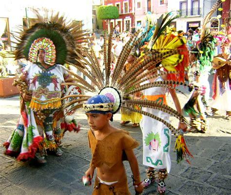 Dias Festivos 2011   La Economia