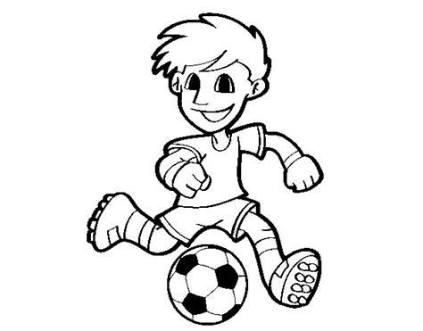 Dibujo de Jugador de fútbol con balón para Colorear ...