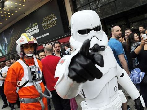 Diehard 'Star Wars' Fans Threaten 'Spoiler Jihad' If ...