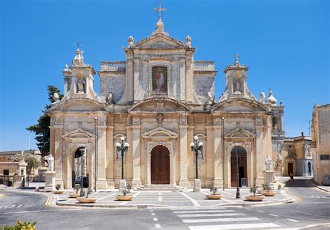 Discovering Ancient Malta- A Guide to Mdina and Rabat.