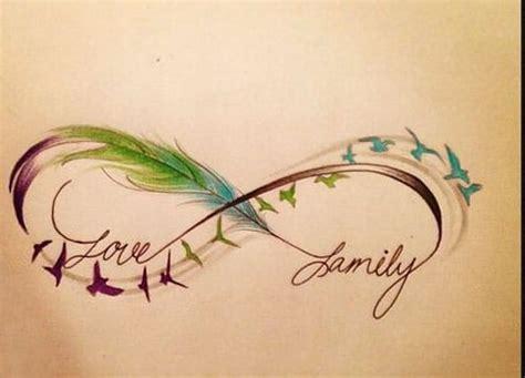 Diseños de tatuajes de infinito con pluma para mujeres ...