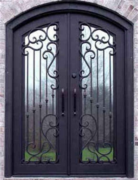Diseños y estilos de puertas de metal   Estilos de.com