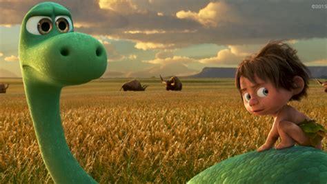 Disney da un nuevo adelanto de 'Un Gran Dinosaurio ...