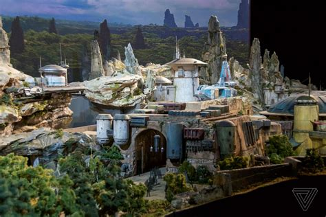 Disney's Star Wars themed land will be called Star Wars ...