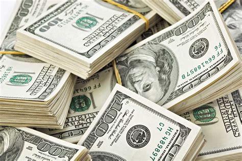 Dólar, peso ou real, qual moeda devo levar para a Argentina?