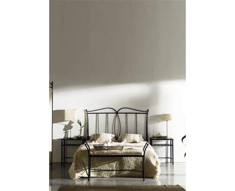 Dormitorio Forja 7 en Muebles Valencia en Madrid
