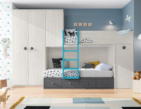 Dormitorio juvenil dos camas, armario dos puertas y ...