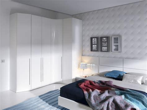 Dormitorio matrimonio Blanco , lacado blanco , aluminio ...