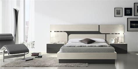 Dormitorio matrimonio E 111 | Muebles modernos
