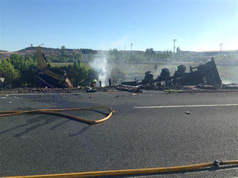 Dos muertos en el choque frontal de dos trailers en Alfaro ...