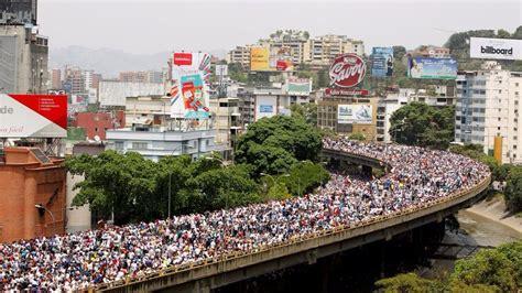 Dos muertos en las manifestaciones contra Maduro en ...
