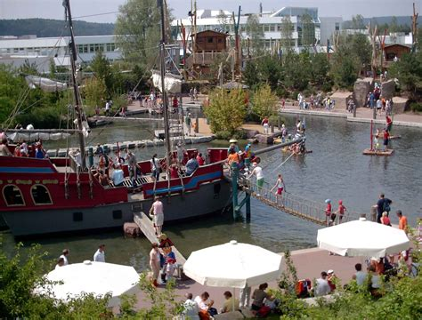 Dosiero:Playmobil-funpark-zirndorf-piratenschiff.jpg ...
