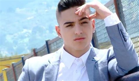 Download Maluma Letras for Android by HOMERRULES - Appszoom