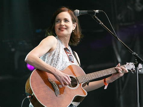 Downton Abbey 's Elizabeth McGovern Is in a Band