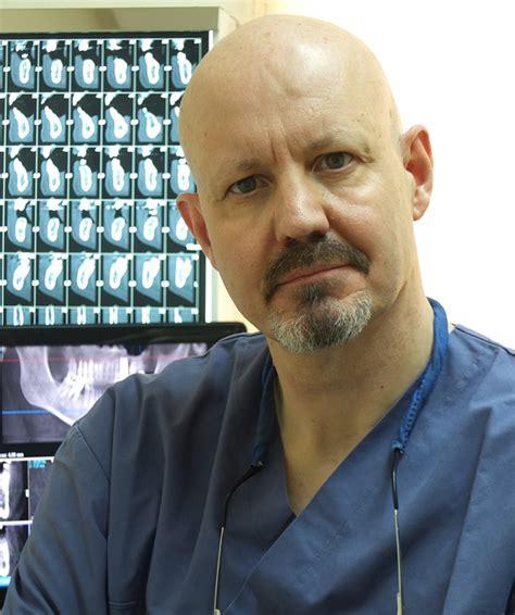 Dr. Francisco Garcia Picazo   Lee opiniones y reserva cita
