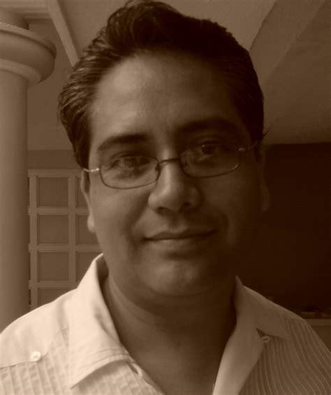 Dr. Juan Pablo García Flores   Lee opiniones y agenda cita