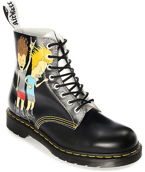 Dr. Martens Pascal Beavis & Butthead botas en blanco y negro