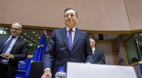 Draghi advierte de riesgos en el auge de las 'fintech'