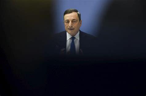 Draghi pide eliminar incertidumbres sobre el futuro de la ...