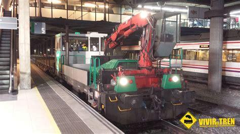 Dresina en la estación de Oviedo : Vivir el Tren ...