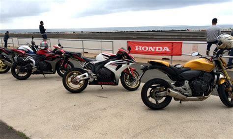 DSM Honda Escuela de Conducción: Conduce tu moto con ...