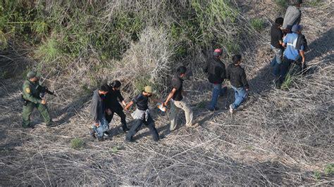 Ecuador impondrá visa a cubanos para disminuir migración ...