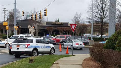 EEUU: Se registra tiroteo en mall de Carolina del Norte ...