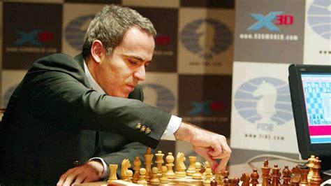 Efemérides   9-N: Kasparov, campeón del mundo de ajedrez ...