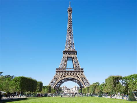 Eiffel Tower facts and history - INSIDER