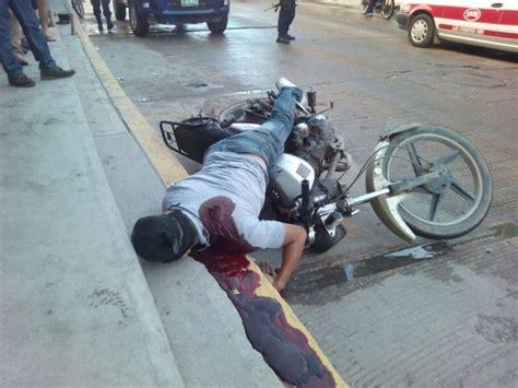 Ejecutan a joven motociclista en pleno centro de Las ...