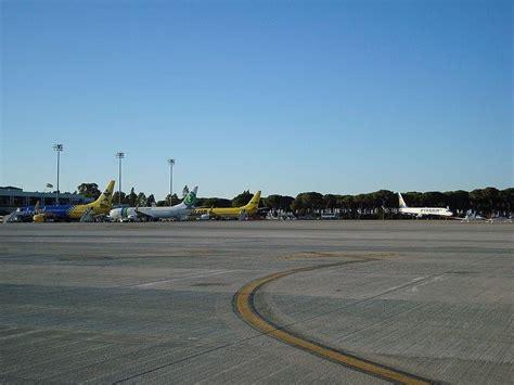 El aeropuerto de Jerez estrena la conexión directa con ...