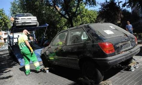 El Ayuntamiento de Jaén envía 162 coches al desguace | ITV