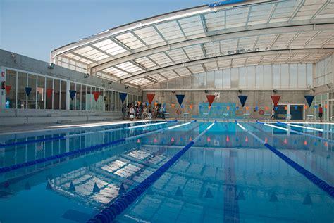 El Ayuntamiento estudia sacar la piscina a concurso para ...