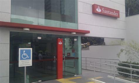 El Banco Santander ofrece becas remuneradas para ...