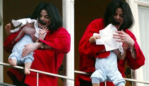 El bebé que Michael Jackson asomó por el balcón ya creció ...