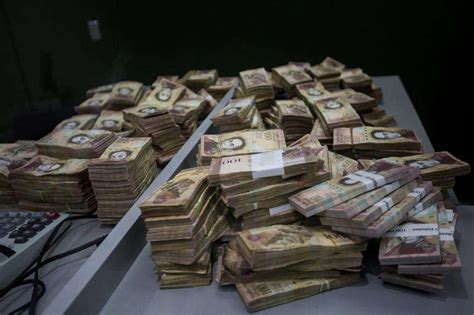 El billete más alto en Venezuela ya equivale a 1 dólar en ...