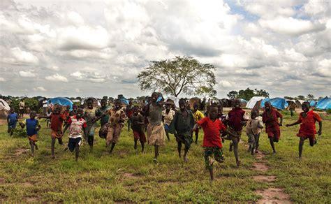 El bosque de los niños escondidos >> África no es un país ...