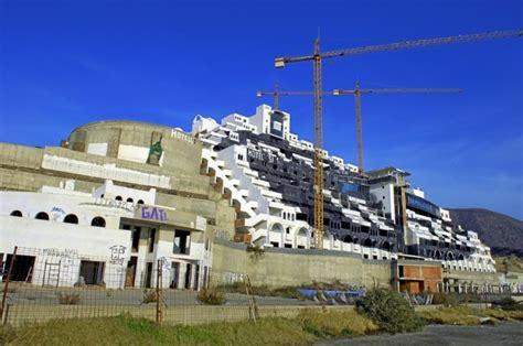 El camino más largo para la demolición del Algarrobico ...