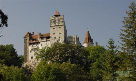 El Castillo de Bran, Rumanía | El castillo de Drácula ...