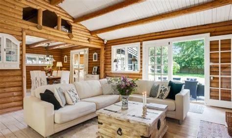 El color y la madera: decoraciones sencillas - Casasmadera.cc
