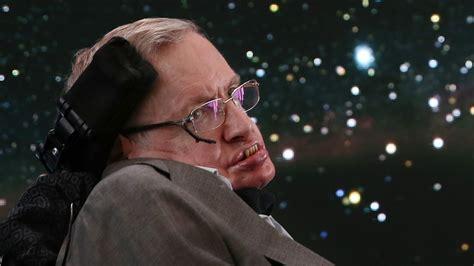 El Dios  innecesario : así explicaba Stephen Hawking por ...