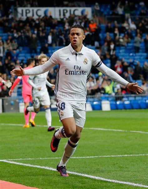 El dominicano Mariano Díaz marca 3 goles en victoria del ...