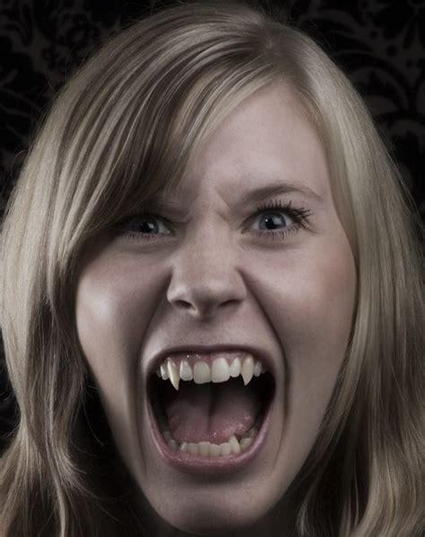 El Espejo Gótico: Fotos de vampiros reales