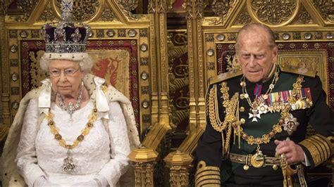 El esposo de Isabel II: el duque de Edimburgo. - YouTube