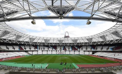 El estadio olímpico de Londres se hace futbolero ...