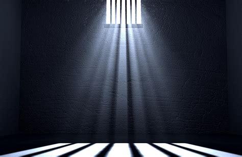El Gobierno estudia la prisión permanente revisable ...