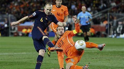 El gol de Iniesta que hizo vibrar a España