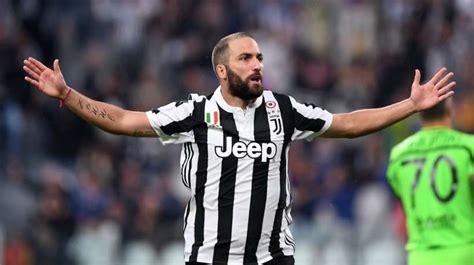 El gran momento de Gonzalo Higuaín que dispara a la Juventus