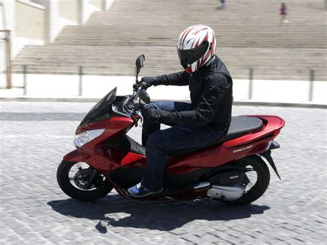 El Honda PCX 125 es uno de los mejores scooter del mercado ...
